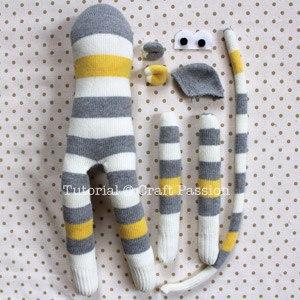 Обезьянка из носков своими руками 7