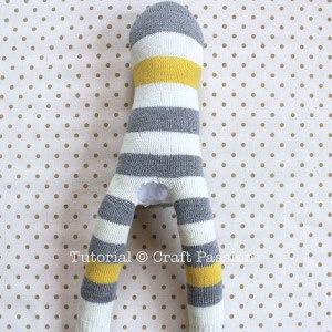 Обезьянка из носков своими руками 6