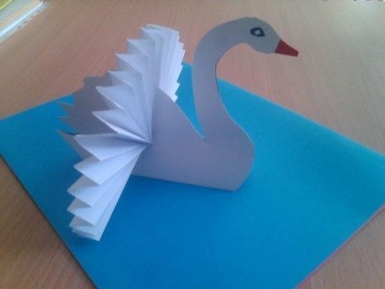 Своим руками лебедь из бумаги