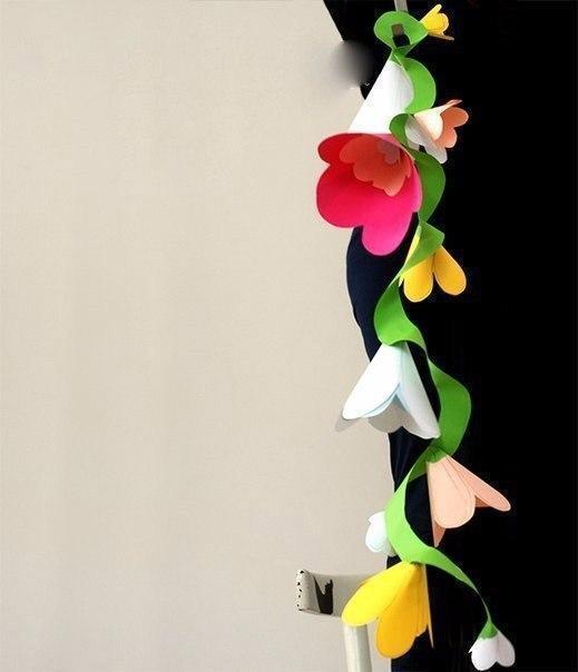 Необычная цветочная гирлянда