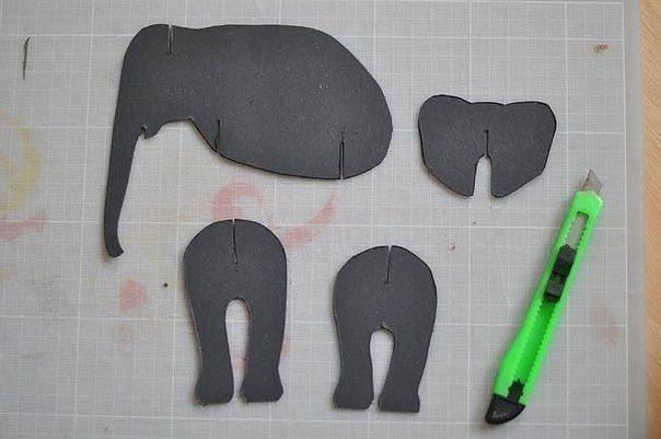 Слон из картона