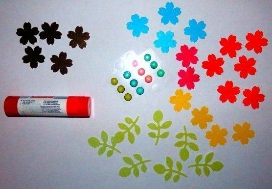 Скворечник из цветного картона
