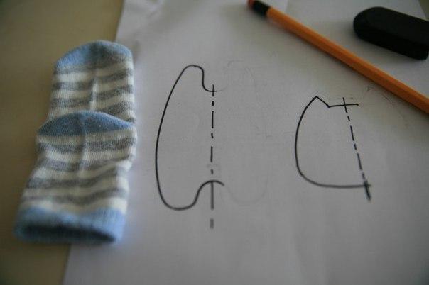 Котенок из носочка