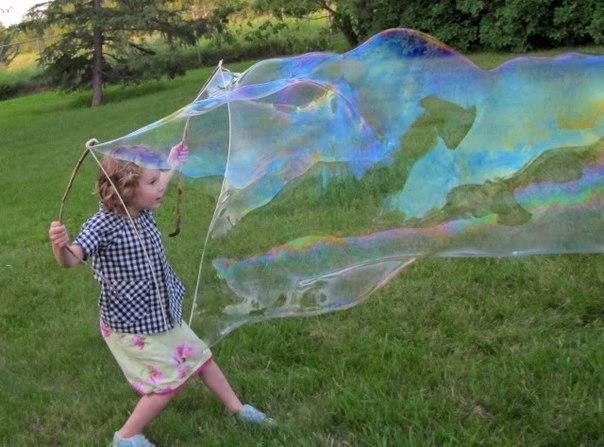 Как сделать гигантские мыльные пузыри