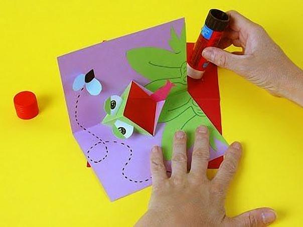 Как сделать открытку на 1 апреля из бумаги