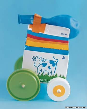 10 поделок из простого молочного пакета