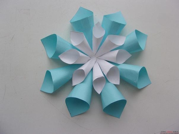Снежинки из бумаги. мастер-класс