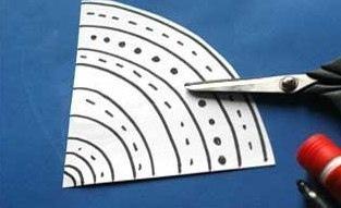 Объемная аппликация из бумаги «дождик»