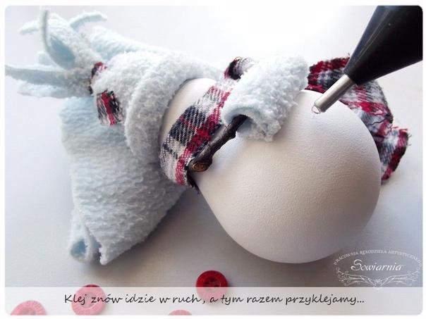 Снеговик из перегоревшей лампочки