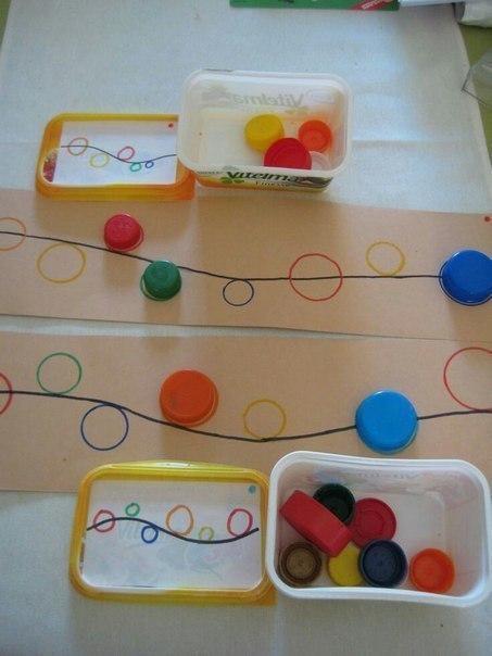 Развивающие игры из пластиковых крышек