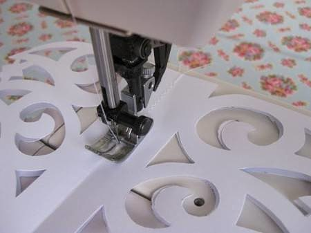Красивая ёлочка из бумаги