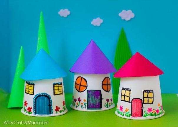 Забавные домики из стаканчиков