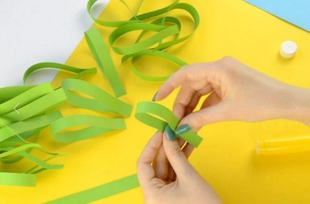 Сделайте такого павлина из бумаги вместе с ребенком!