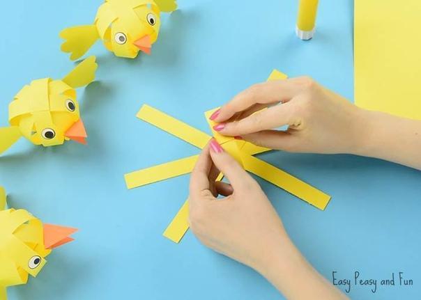 Цыплята из бумажных полосок