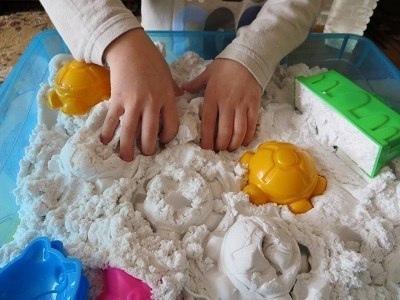 Как сделать кинетический песок?