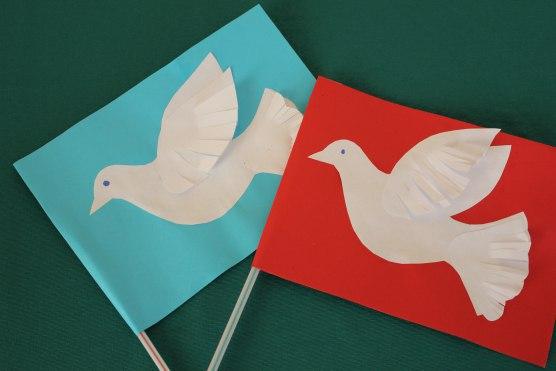 Флажки с голубями ко дню победы