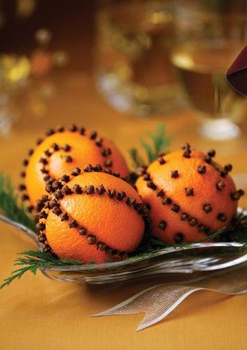 Ёлочная игрушка из апельсина с гвоздикой 8