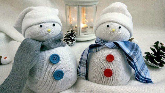 Снеговик из носков 0
