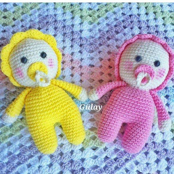 Карманные игрушки или пупсики, связанные крючком