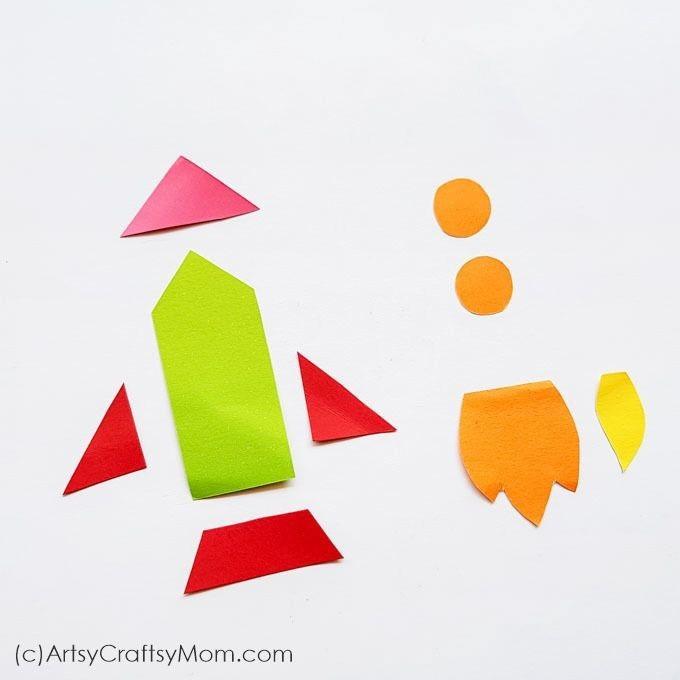 Закладка-уголок в виде ракеты