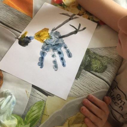 Пальцевая живопись (пальцеграфия): синичка