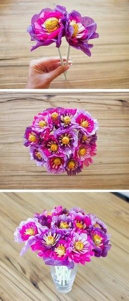 Делаем с детьми цветок из чупа-чупса