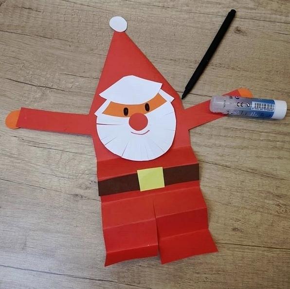Веселый Дед Мороз из цветной бумаги 2