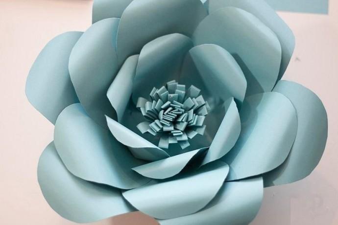 Делаем с детьми большой цветок из бумаги