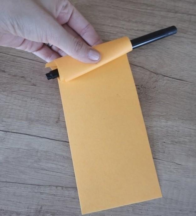 Объемная белка из цветной бумаги
