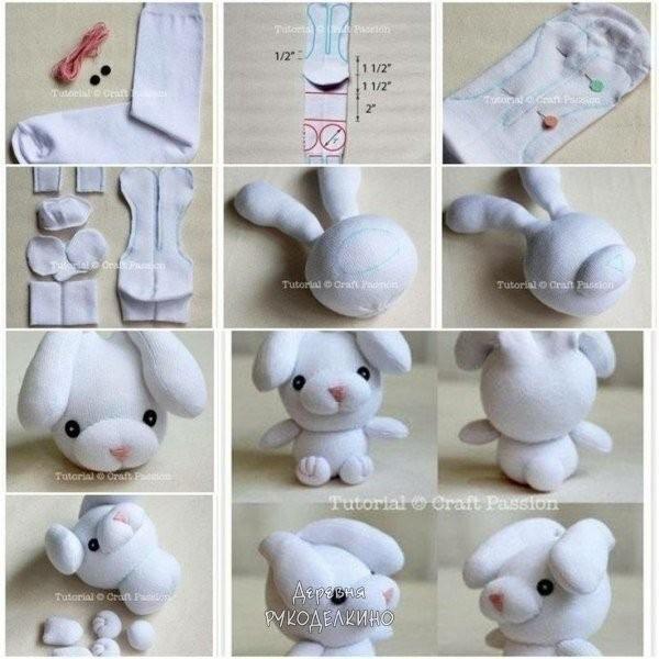 Кучка игрушек из носков 7