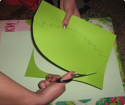 Открытки-ёлочки детскими руками 3