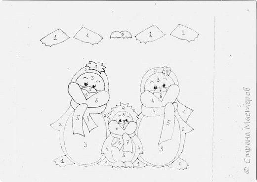 Забавные пингвины в полосатых шарфах