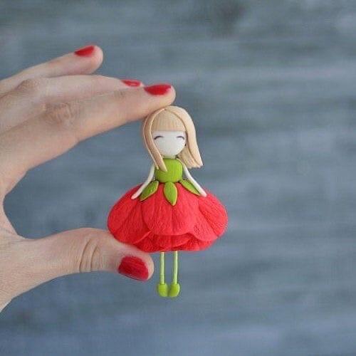 Идеи создания с детьми цветочных куколок из полимерной глины