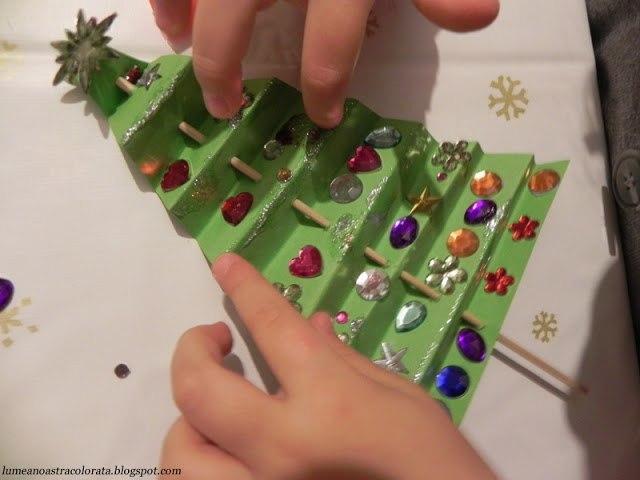 Наряжаем новогоднюю елочку 3