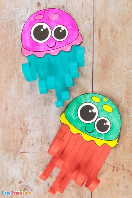 Создаем с малышами симпатичных медузок