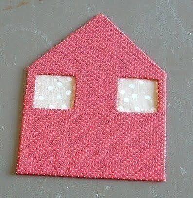 Маленькие домики из картона и ткани: мастер-класс