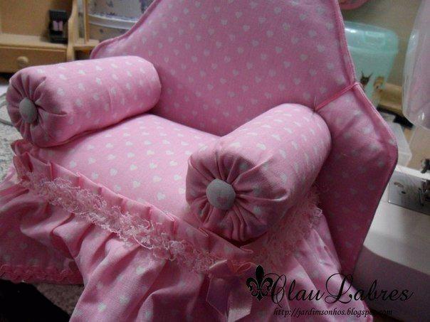 Как сшить мягкое кресло для кукол