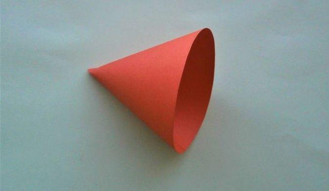 Объемный мышонок из конуса бумаги