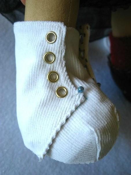 Ботиночки для кукол и игрушек: мастер-класс