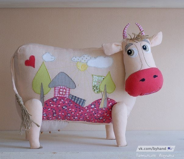 Шьём милую коровушку