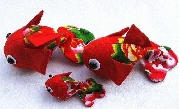 Шьем маленьких рыбок с детьми