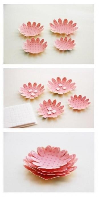 Цветы, созданные с помощью пуговиц