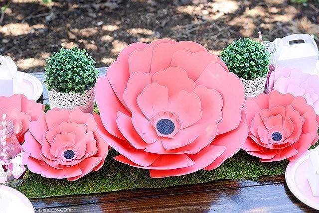 Гигантские цветы из бумаги
