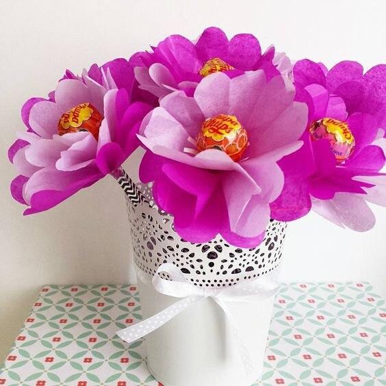 Цветочки с чупа-чупсами