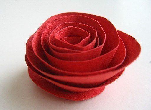 Розочки из бумажных спиралек