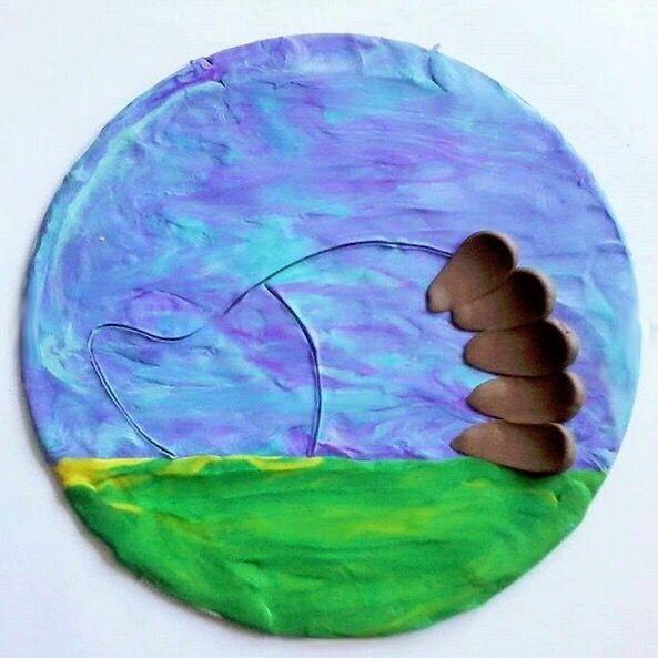 Ёжик, нарисованный пластилином