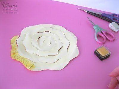 Крaсивые и несложные в исполнении бумажные цветы