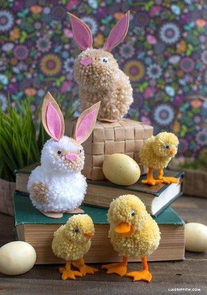 Цыплята и кролики из помпонов и фетра