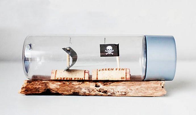 Пиратские кораблики в бутылке