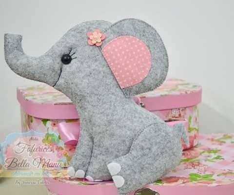 Шьём по выкройкам слоников из фетра